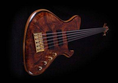 Rikkers Powerline Basgitaar Redwood