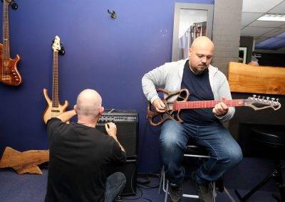 gitaar-proberen-2