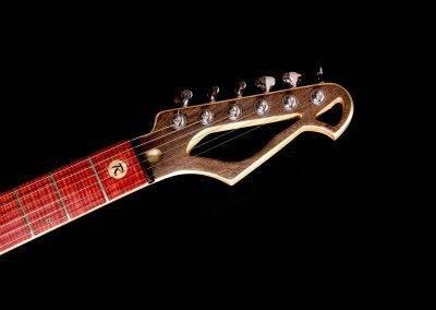 treeline-rikkers-gitaar-kop