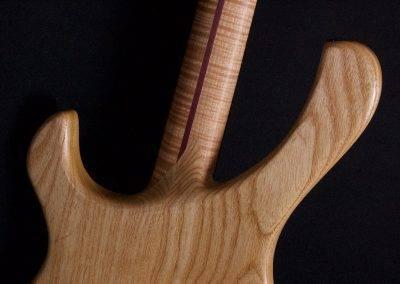 Hollowline Swamp Ash 4-string