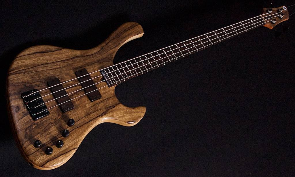 Hollowline 4-string Black Limba
